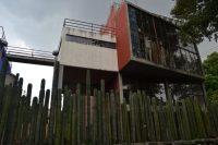 El estudio de Diego Rivera con puente a estudio de Frida Kahlo.