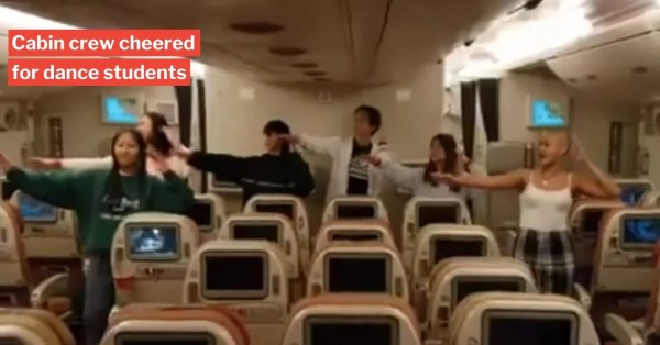 S'pore Students Dance For SIA Crew On Returning New Zealand Flight As Thanks For Bringing Them Home