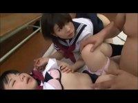 憧れの先輩とのセックスに興奮する激カワ美少女達がおまんこから潮吹きする無収正クラブ fujiki