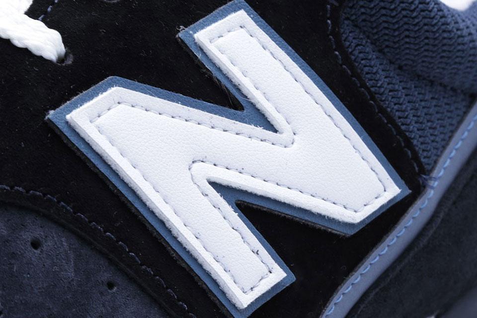 newbalance_m996st_navy_logo