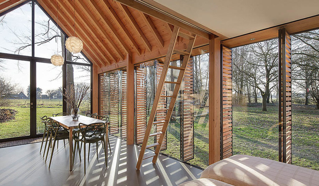 Recreation-House-By-ZECC-Architects-06
