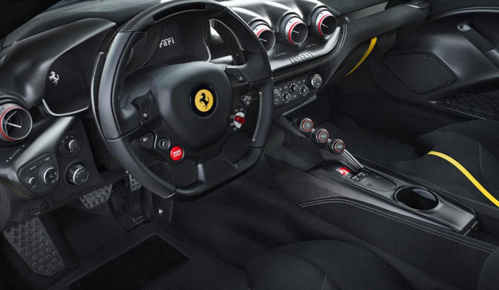 Ferrari-F12-TdF-07