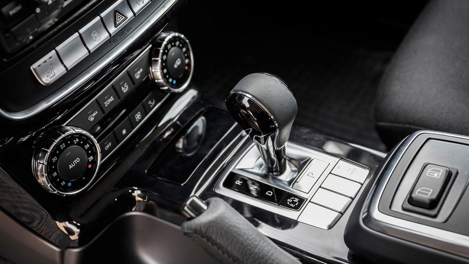 Mercedes-Benz-G-350-d-Professional-10