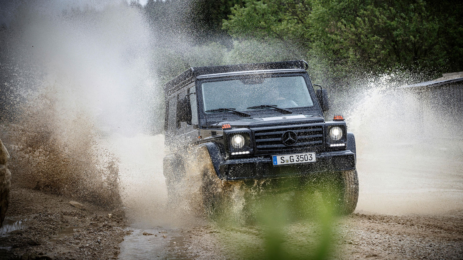 Mercedes-Benz-G-350-d-Professional-15