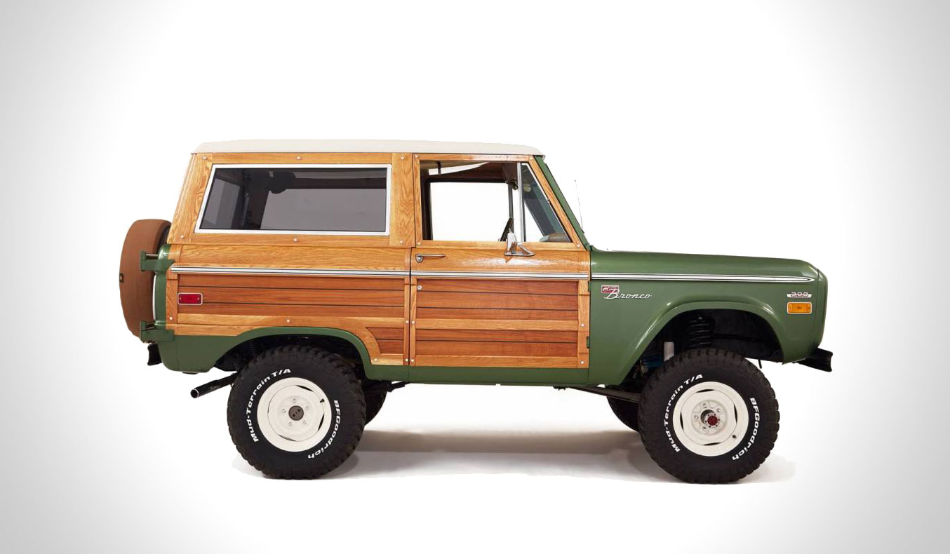 Vintage-Woody-Ford-Bronco-1