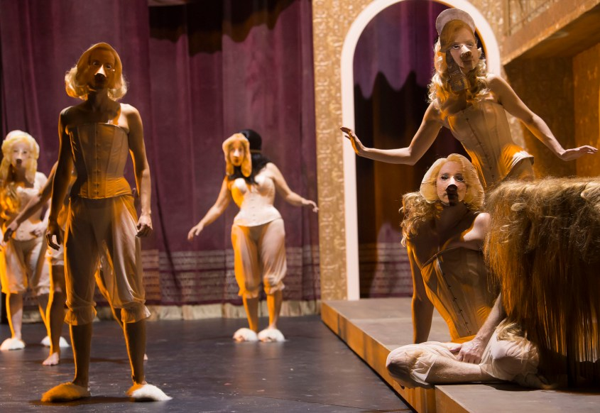 Theater Basel Tartuffe