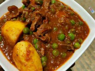 Beef stew with peas Recipe (Kenyan)