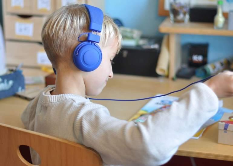 Wenn Mama nicht vorlesen mag, gibt es was auf die Ohren. Wir haben die Hörbücher bei Audible entdeckt.**Werbung ** #Hörbuch #Hörspiel #Kinder #Kinderbuch #audible
