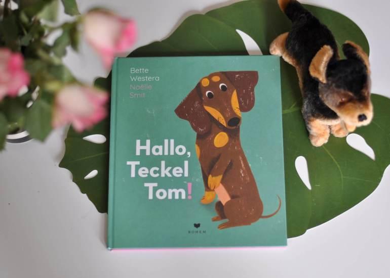 Viele Kinder wünschen sich einen Hund. Mit diesem Bilderbuch können sie sich in das Wesen eines Hundekindes einfühlen. Alles ist neu, vieles macht Angst. Gerade am Anfang braucht man ein bisschen Verständnis und liebe Worte, um sich wohl zu fühlen. Toll ist auch, dass Sofie zwei Papas hat, die aber sonst nicht weiter thematisiert werden. #dackel #hund #tier #bilderbuch #papa #geschenk #lesen #buch #kinder