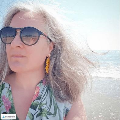muttis-naehkaestchen-graue-haare-grombre-3
