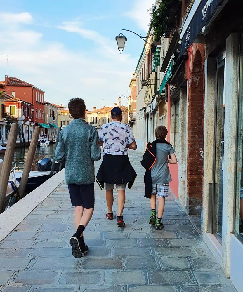 Murano mit Kind