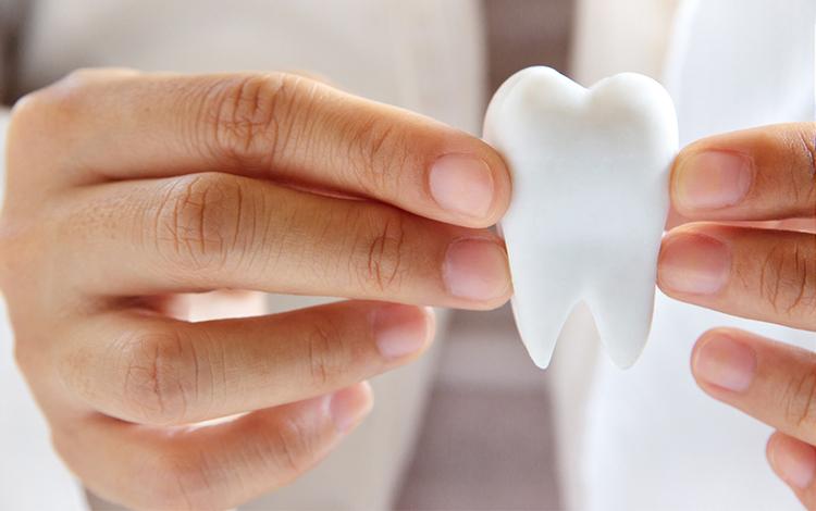 Contratar una póliza dental puede suponer un 40% de ahorro