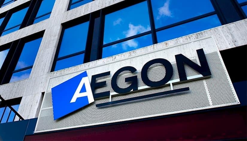 Más de 1.200 mayores recibirán acompañamiento telefónico de los voluntarios de Aegon