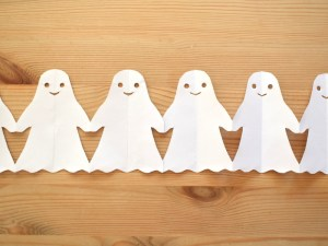Halloween Paper Chains - ghosts