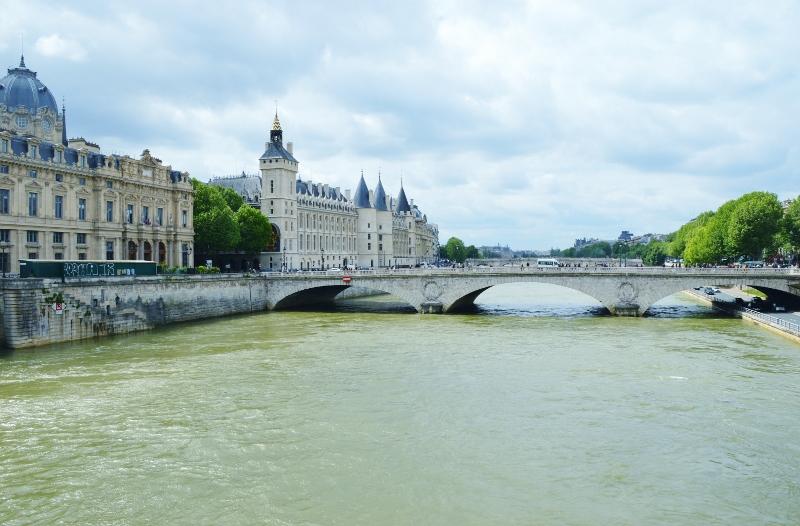 Seine, Pariisi