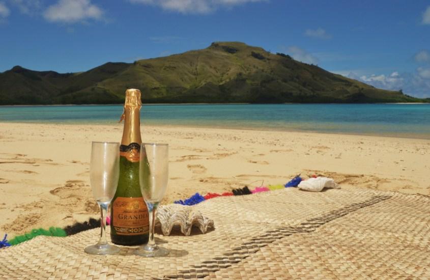 Haaksirikkoutuneena Honeymoon Islandilla