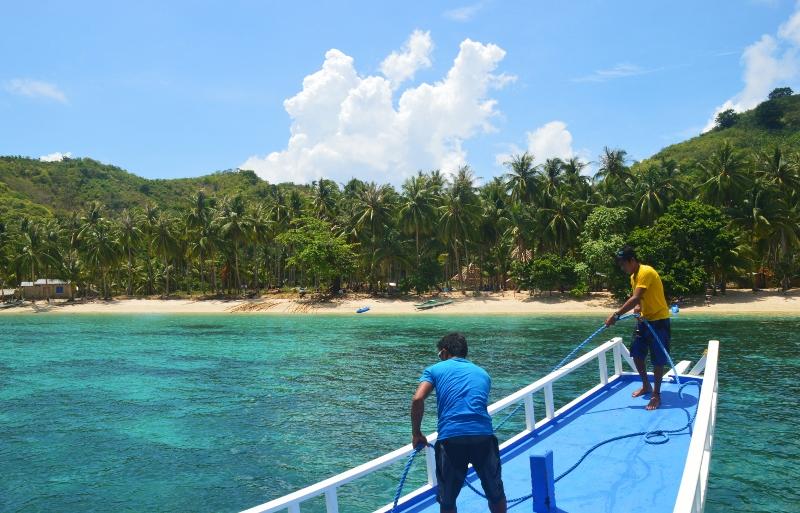 Saarihyppely Coronilta Palawanille