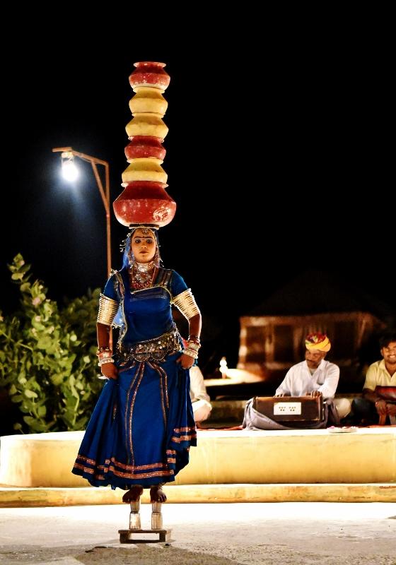 Rajasthanilaista kansantanssia
