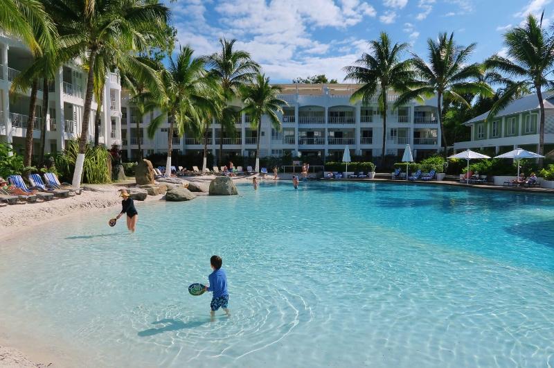 Hotelli Palm Covessa, Cairnsissä