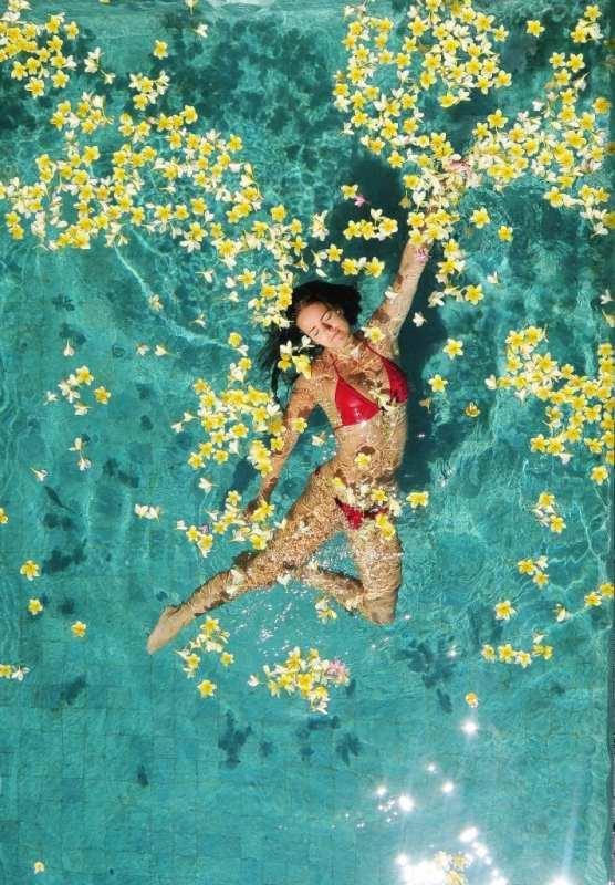 Majoitus omalla uima-altaalla Balilla