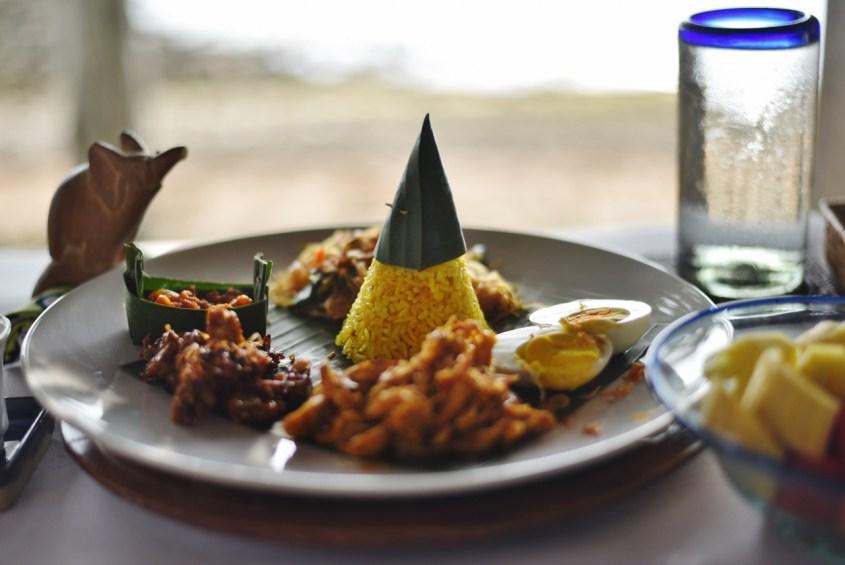 Balilainen aamiainen