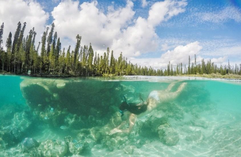 Isle of Pines – Pulikointia luonnon omassa uima-altaassa