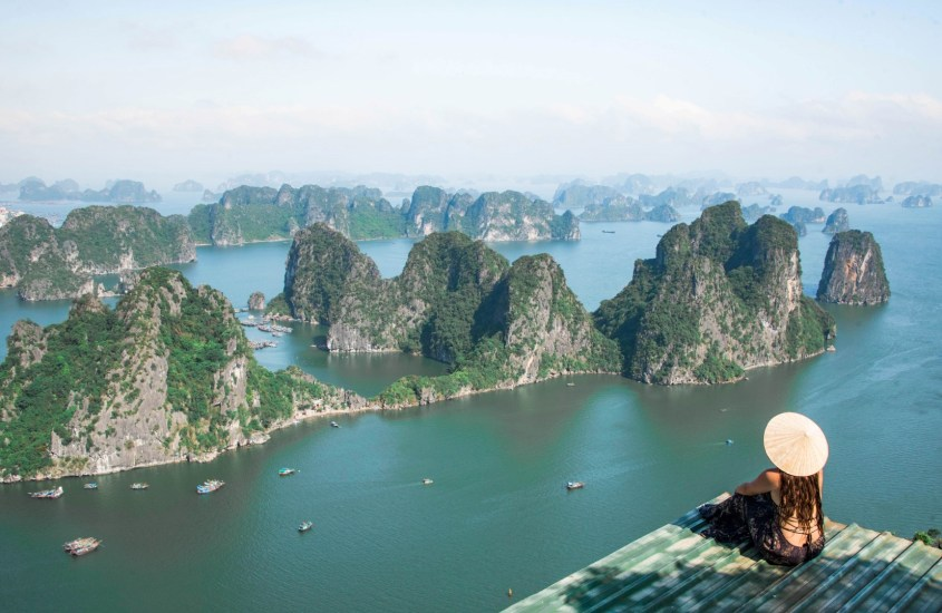 Bai Tu Long Bay – Koe Vietnamin Halong Bay ilman turistimassoja!