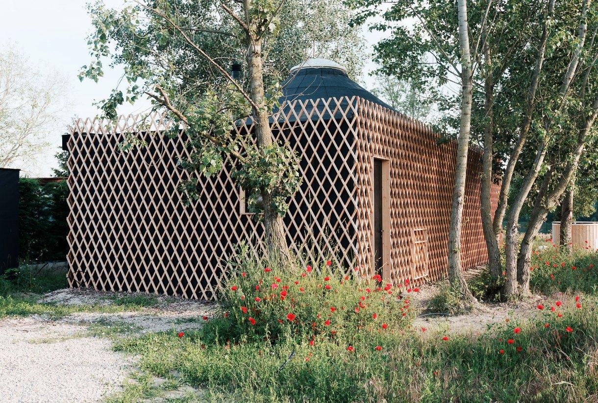 wooden-yurt-square