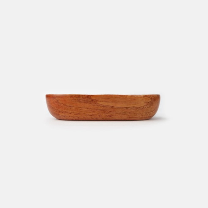 Oval-Wood-Plate-side-view