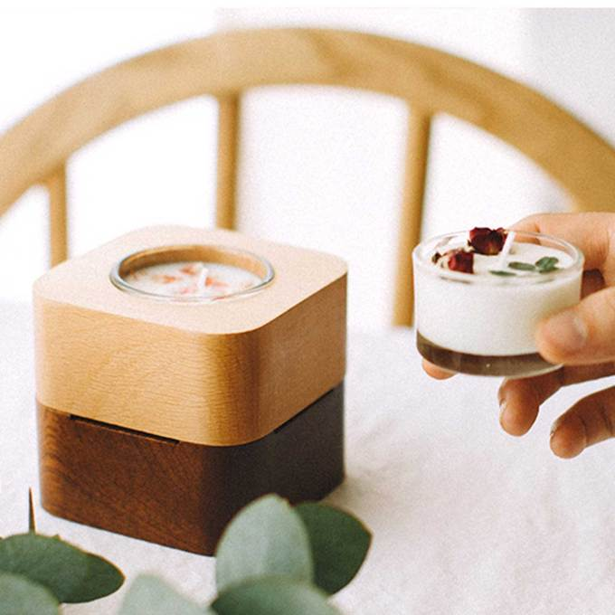 Wood-Music-box-candle