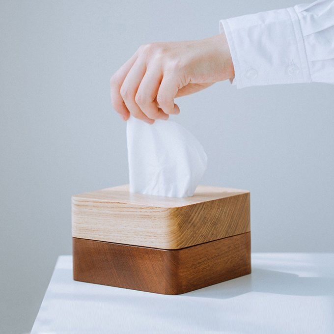 wood-tissue-box-holder-long-white