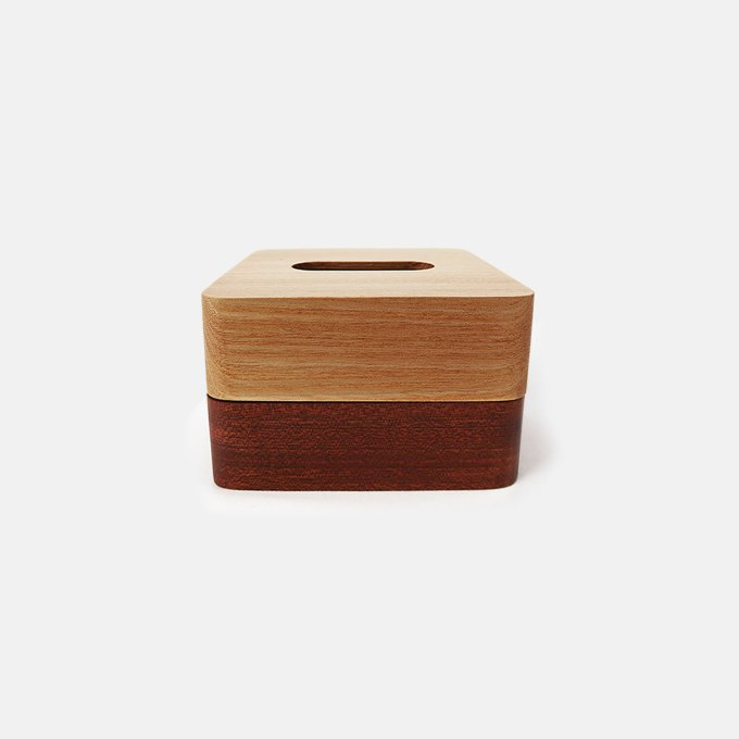 wood-tissue-box-with-magnetic