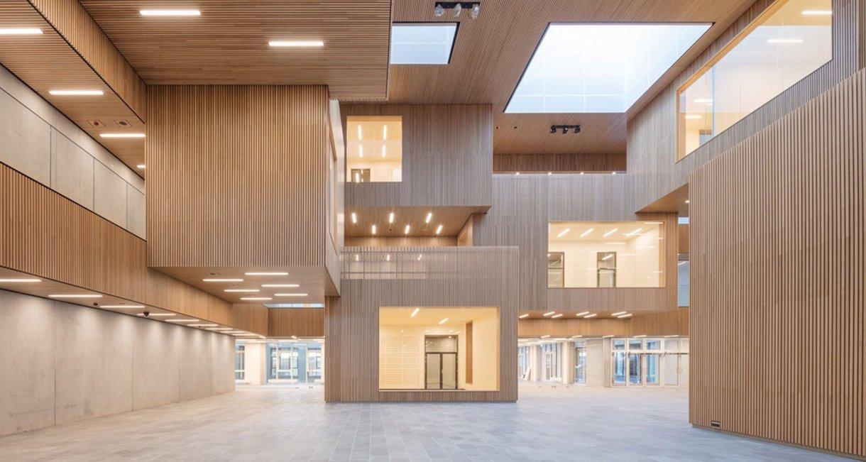 Life-Science-Bioengineering-oak-wood-building-labby