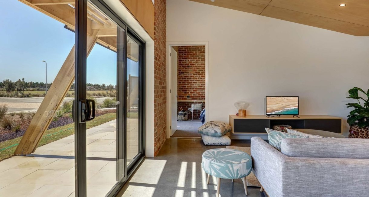 affordable-sustainable-housing-core-9-livingroom-windows