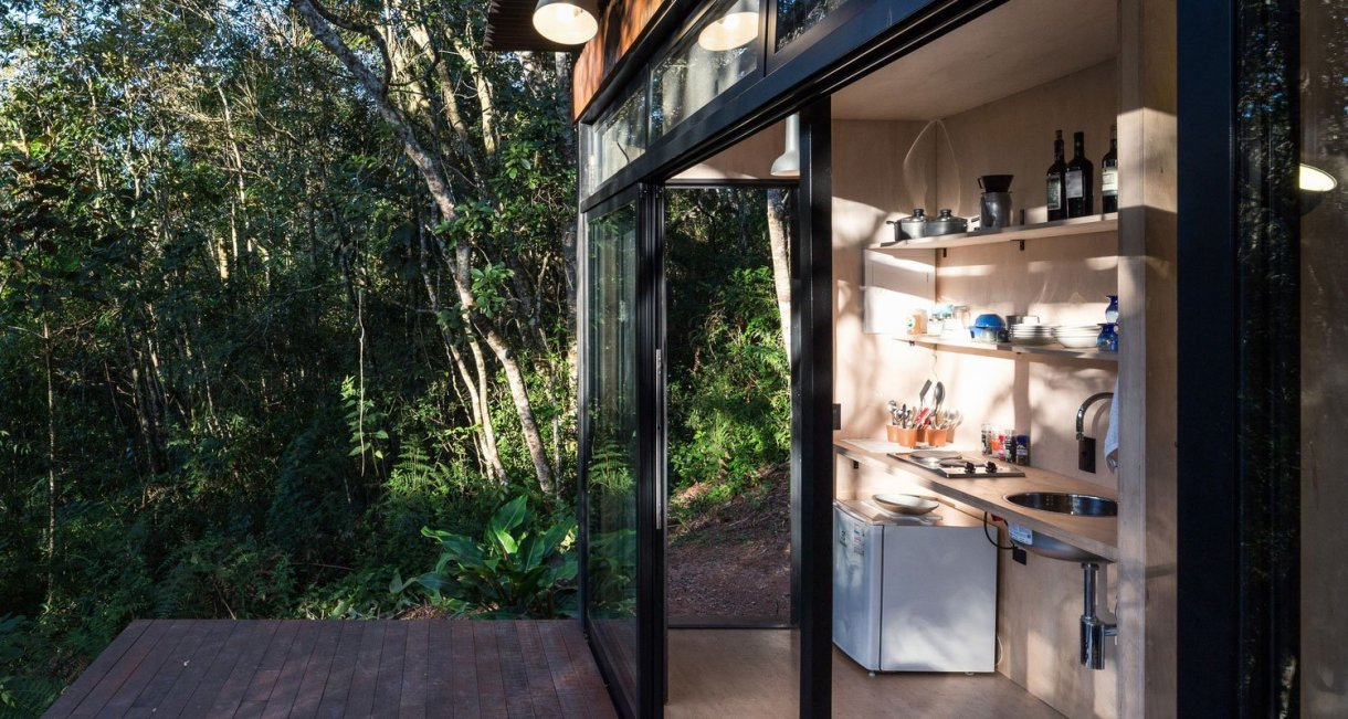 Chalet-M-Silvia-Acar-cabin-kitchenl