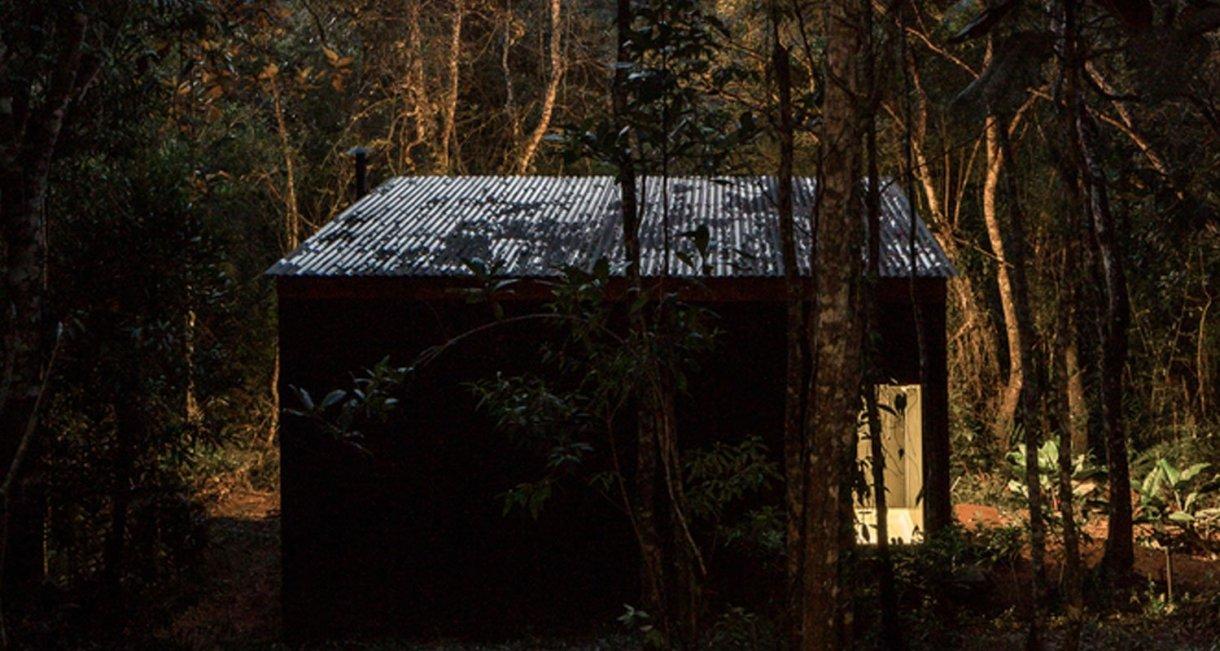 Chalet-M-Silvia-Acar-cabin-night