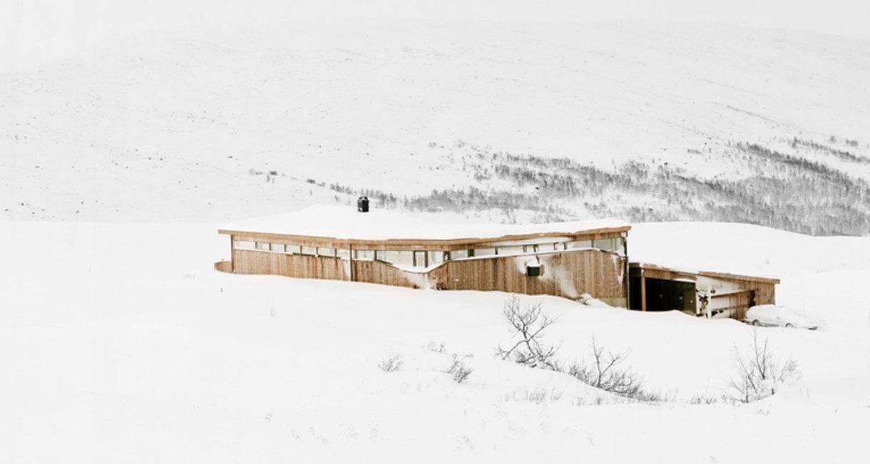 Gubrandslie-Cabin-Helen-Hard-architects-windows