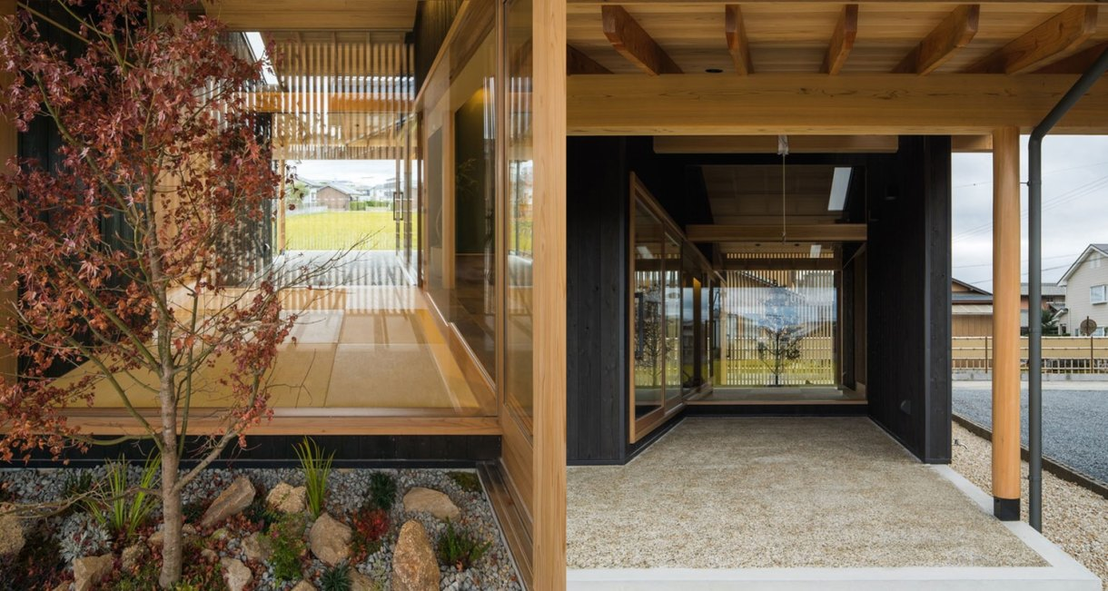 Terasho-House-ALTS-Design-Office-from-yard