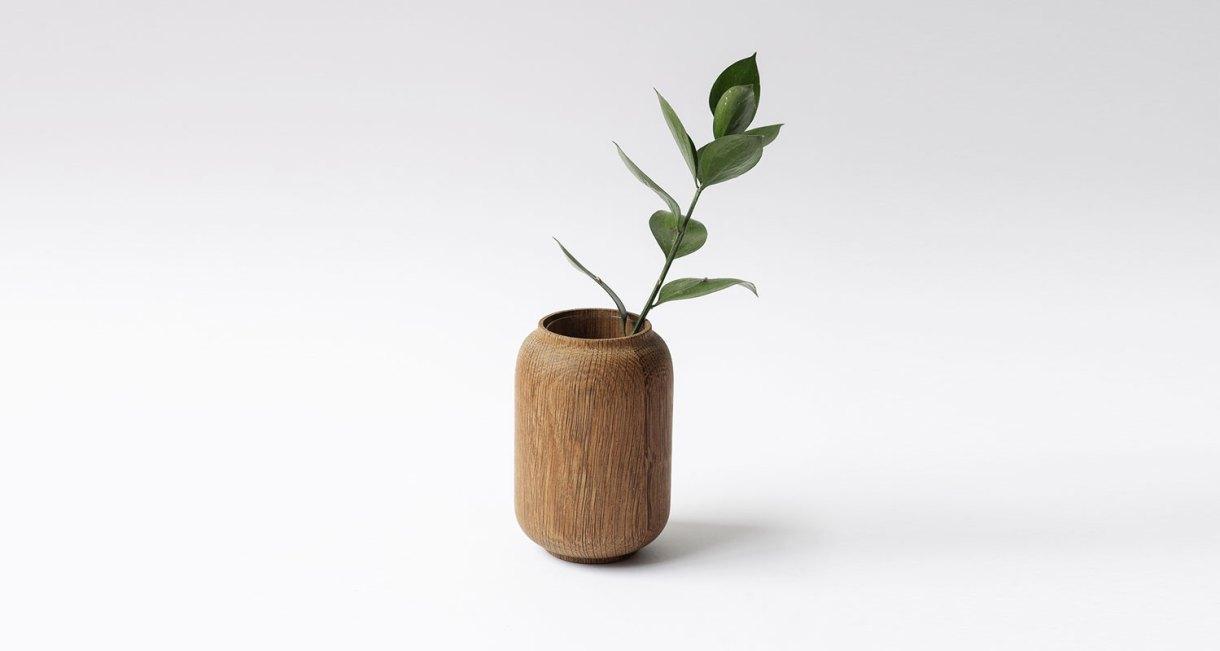 Anders-Nørgaard-oak-Poppy-Vase-4
