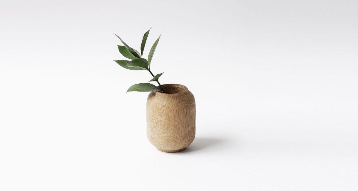 Anders-Nørgaard-oak-Poppy-Vase-5