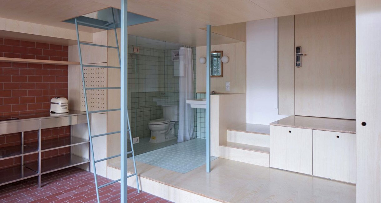 U-shape-room-compact-living-space-Atelier-tao+c-8