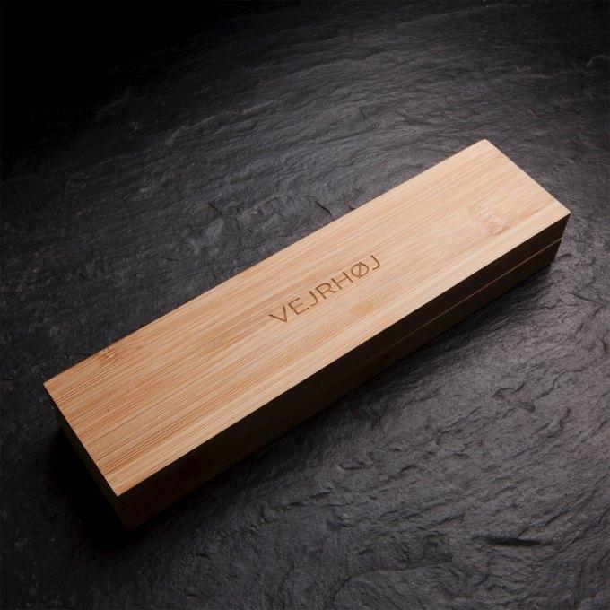 gunmetal-stainless-walnut-wood-wooden-watch-3