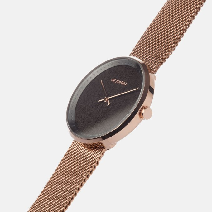 wooden-watch-walnut-wood-stella-rose-mesh-3