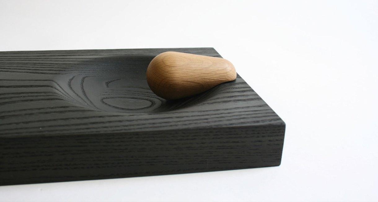 Kaksi-Olli-Mustikainen-chopping-board-pestle-4