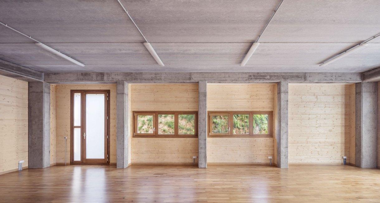 Waldorf-Steiner-El-Til·ler-School-wood-structure-2