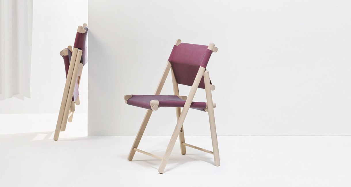 sustainable-folding-chair-L'Invitée_EpisodeStudio_beechwood-7