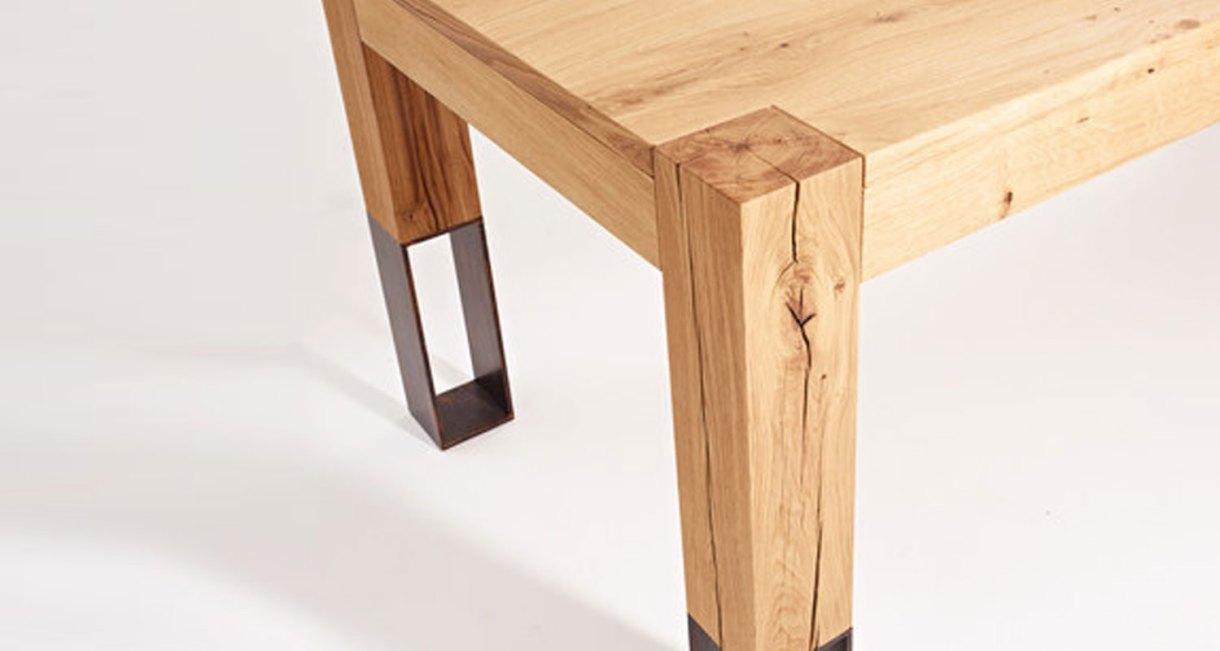 Acqua-Alta-dining-table-3