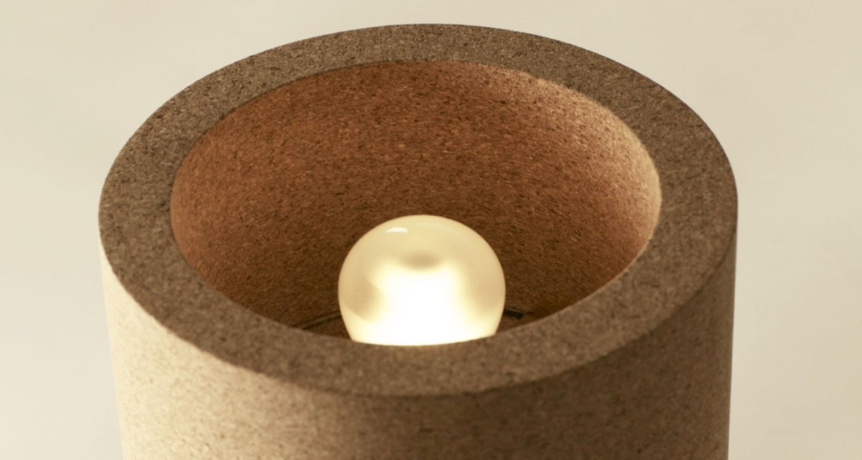 Minus-Head-Haft-wooden-design-lamp-3