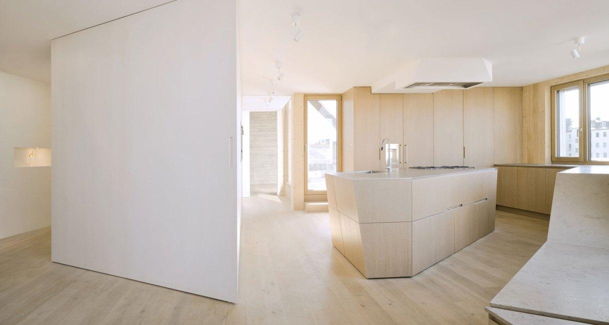 Roof-Extension-Maxvorstadt-Pool-Leber-Architekten-wooden-interior-2