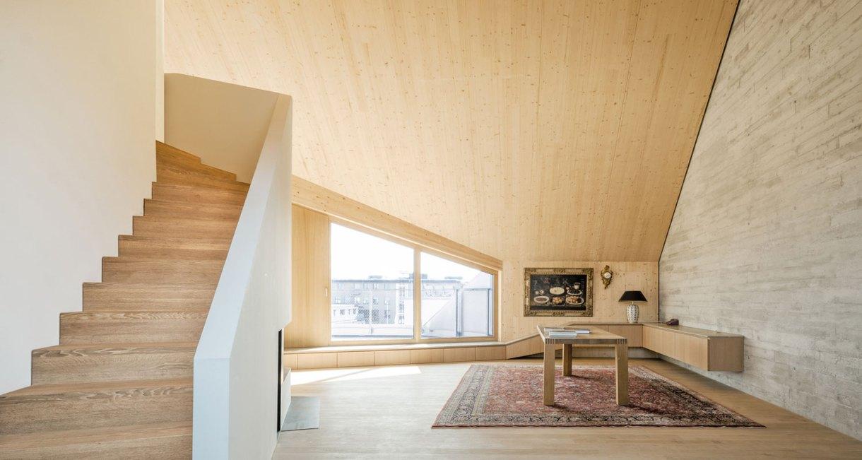 Roof-Extension-Maxvorstadt-Pool-Leber-Architekten-wooden-interior-7